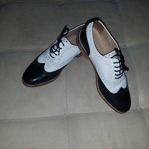 Vanilla Moon Oxford Womans Saddle Shoes